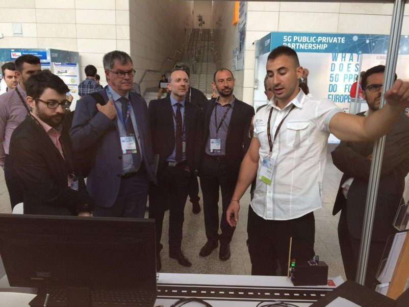 WINGS - ICT Solutions shows the 5G-MOBIX demo of Greece Turkey cross border corridor to DG CONNECT's Pearse O'Donohue